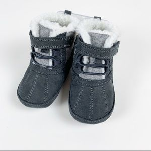 SURPRIZE BY STRIDE RITE STAGE 1 PREWALKER BOOTS